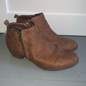 Like new Carlos micro suede bootie